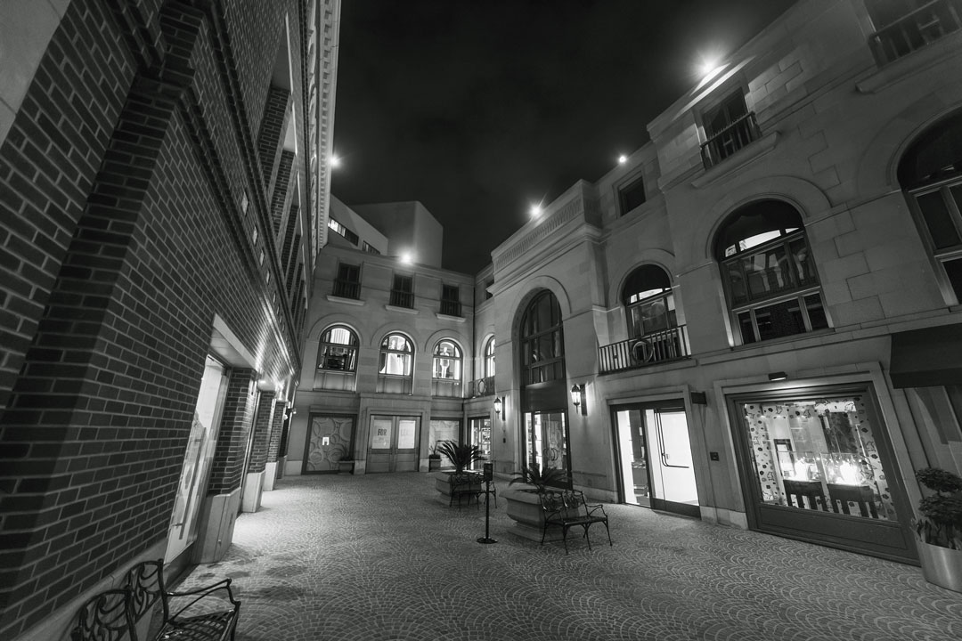 Photo of business courtyard on night vision camera